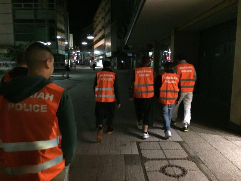 2016-05-09__Sharia-Police__002