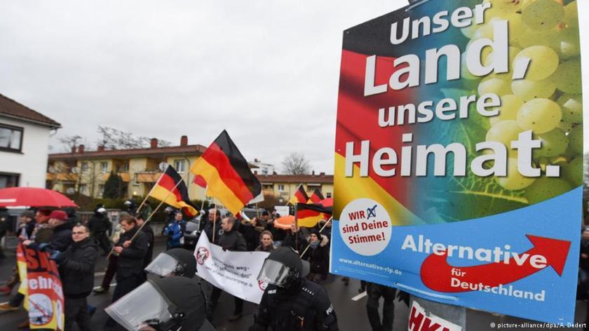 2016-06-17__Germania. I tedeschi rivogliono l'Heimat.__001