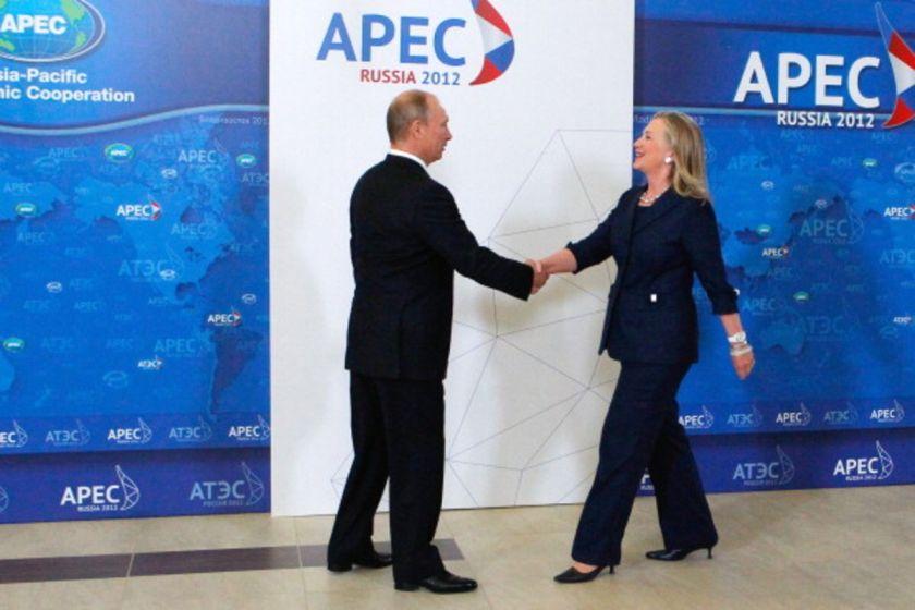 Putin ed Hillary Clinton 001