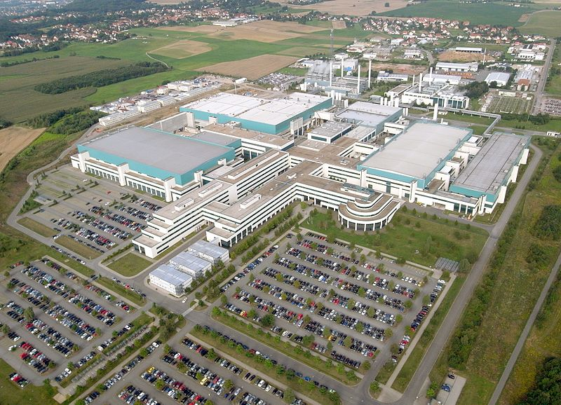 2017-02-14__aerial_photograph_of_globalfoundries_dresden