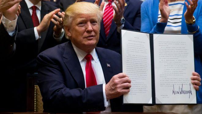 2017-04-29__Trump___95834550_75eecfa1-c2d9-487d-ab69-3208394cad6e