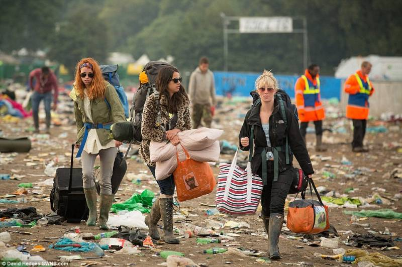 Festa-finita-a-glastonbury-564822