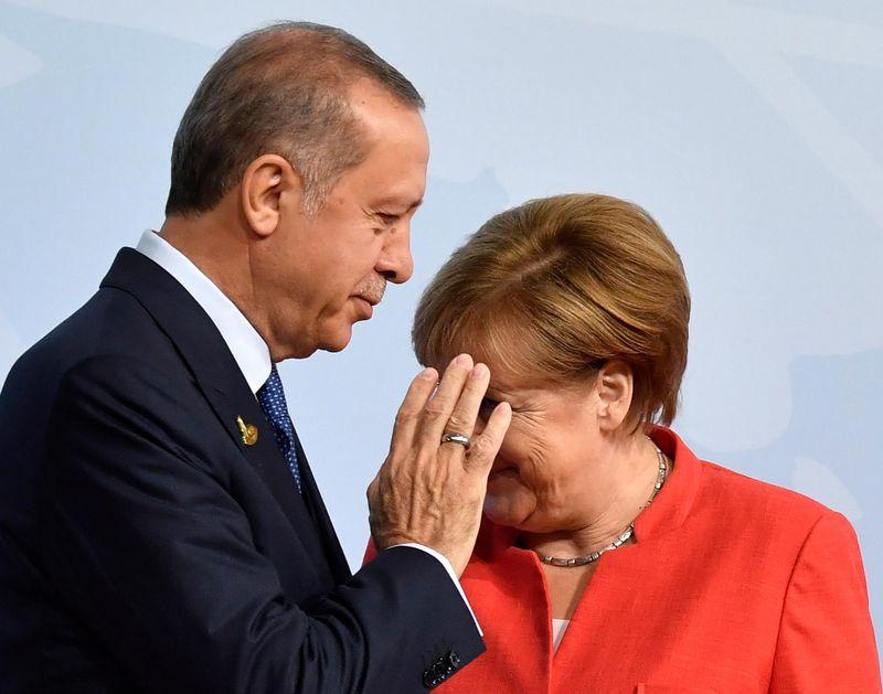 2017-07-29__Merkel__001 800x-1