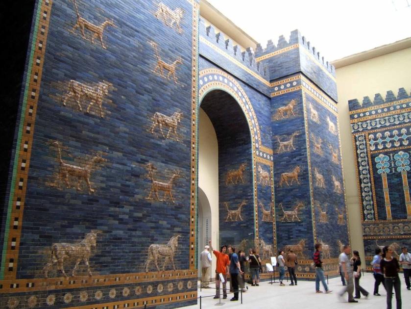 Porta di Ishtar. Ottava porta della città di Babilonia. Pergamonmuseum. Berlin
