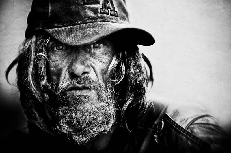 Homeless -black-and-white-portraits-lee-jeffries-2