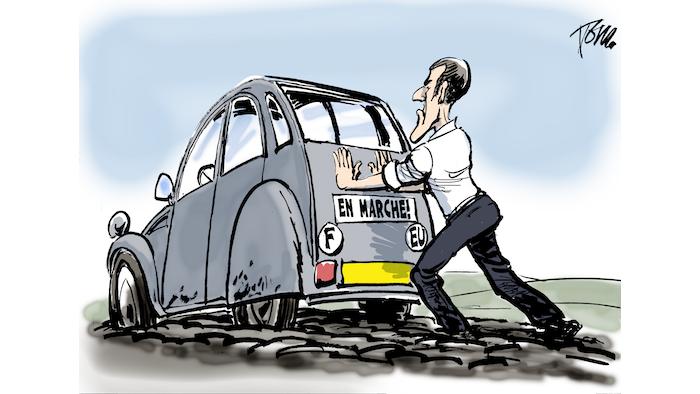 Macron 729