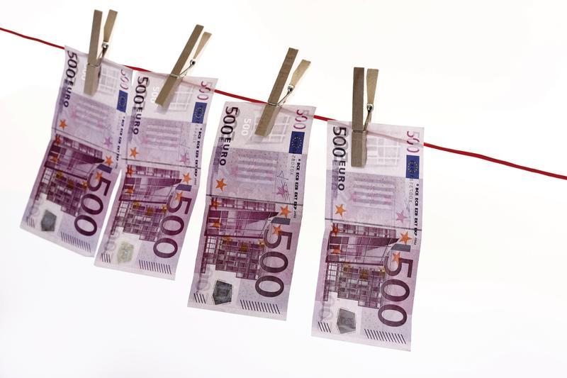 Cash 001