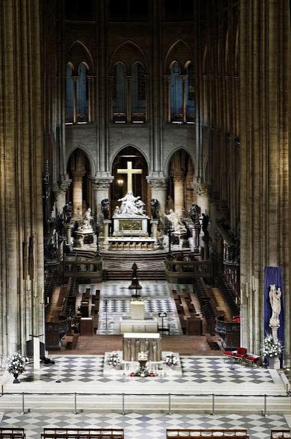 2019-04-19__Notre_Dame__001