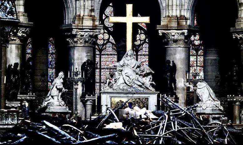 2019-04-19__Notre_Dame__002