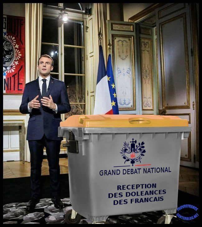 Macron 987