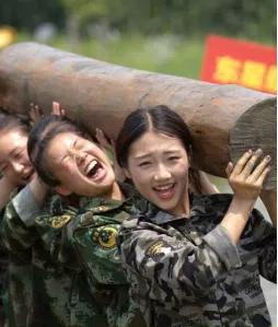 2021-03-01__ Cina Omosessuali 001